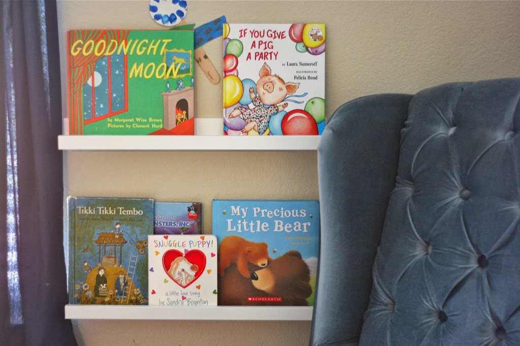 Books Books Everywhere! A Reading Nook~