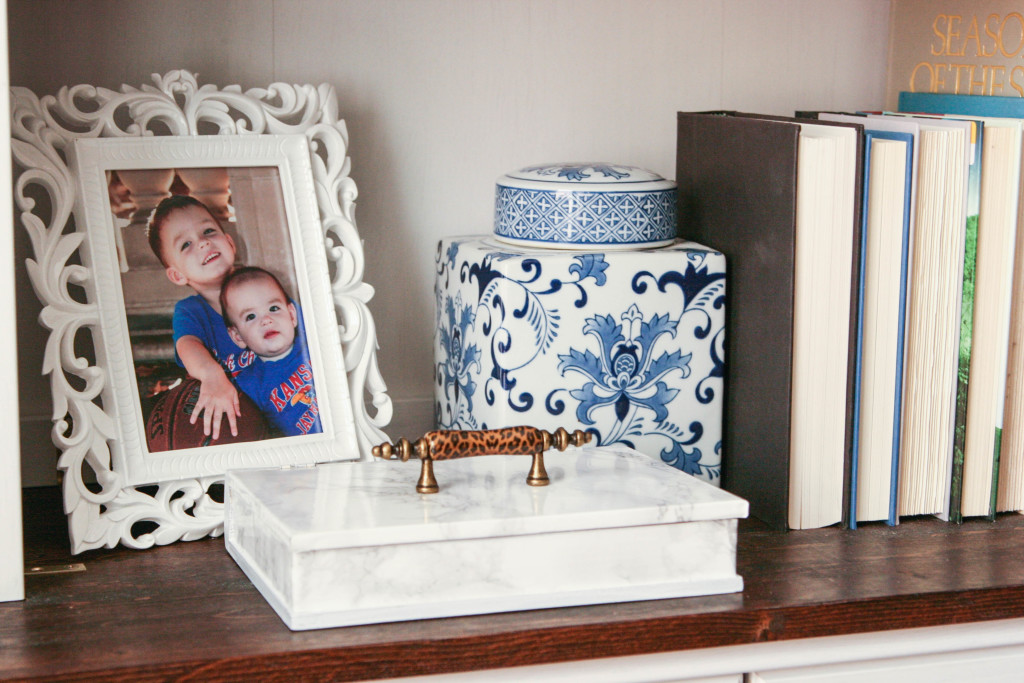 Faux Marble Thrift Store Box: #swapitlikeitshot