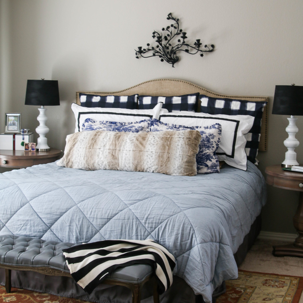 Master Bedroom: Black, White, and Blue